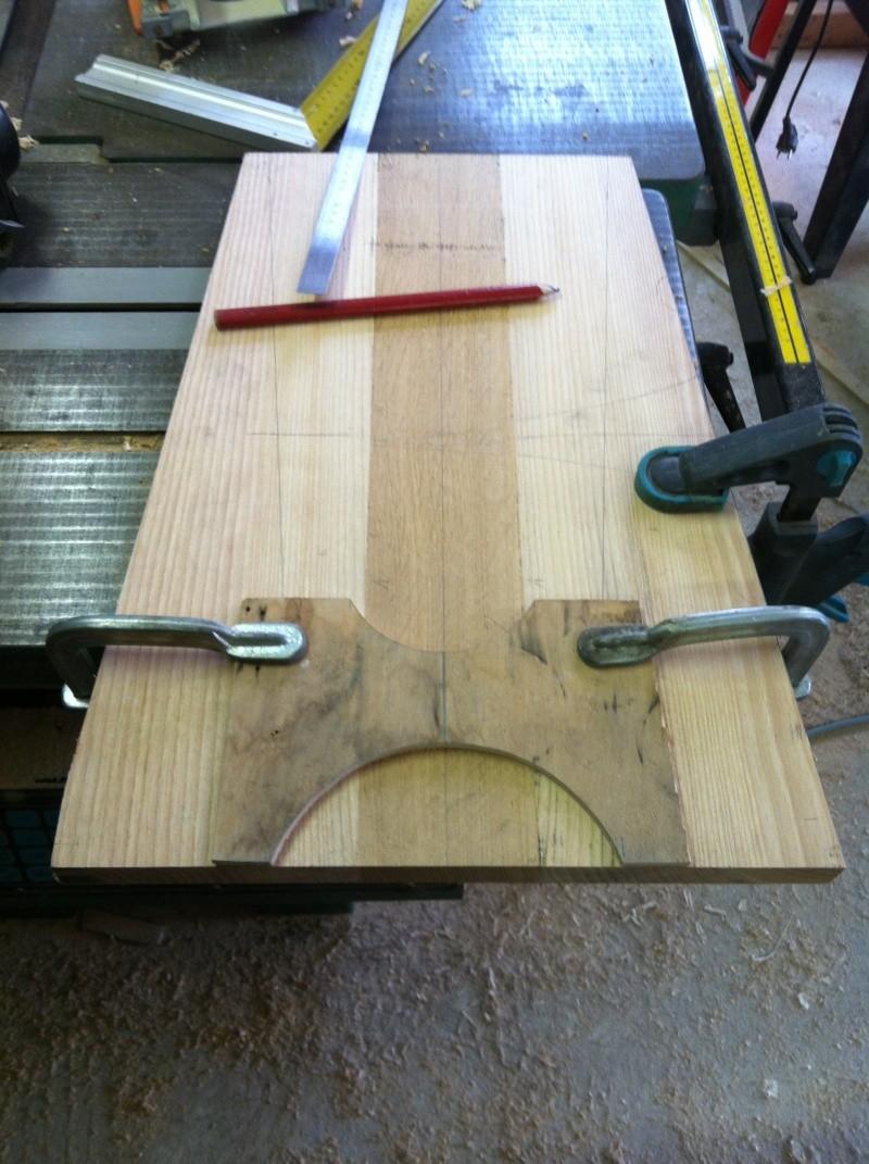 petite table pour petit bout de chou Img_1619
