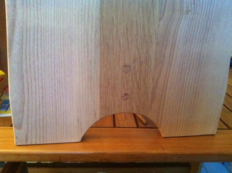 petite table pour petit bout de chou Img_1628
