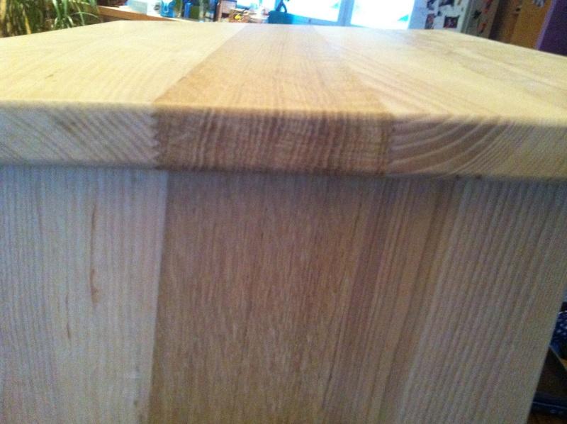 petite table pour petit bout de chou Img_1629