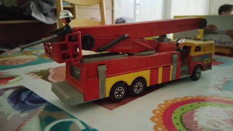 N°3091 1972`Ward La France Incendie Nacelle 20170516