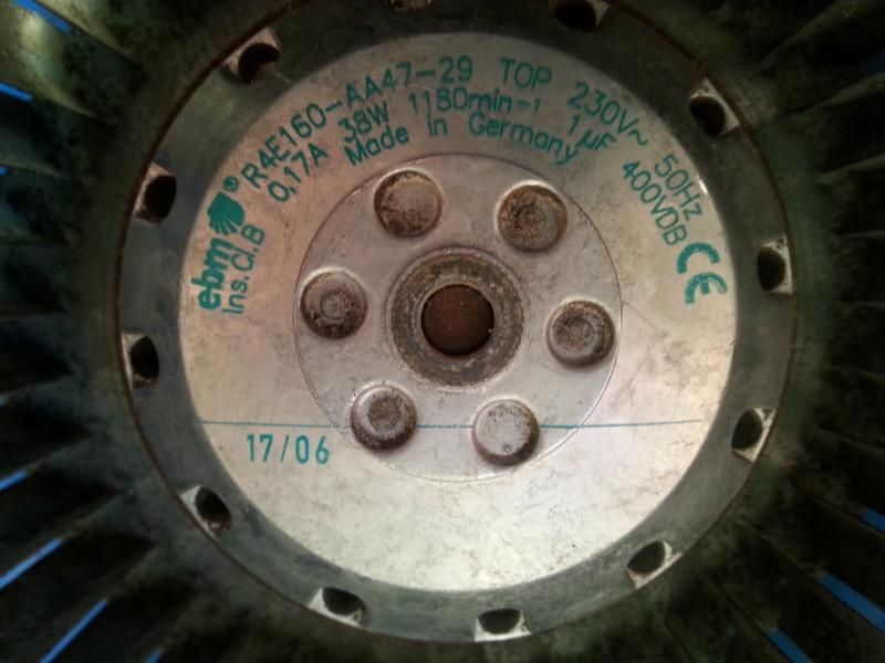 Remplacement de condensateur par une valeur differente Plaque10