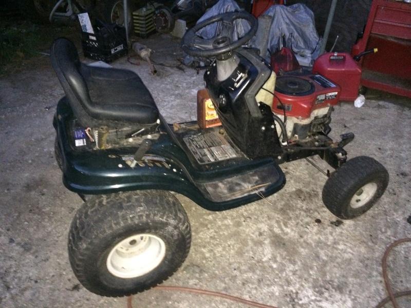 Bolens-MTD lawn tractor  Image30