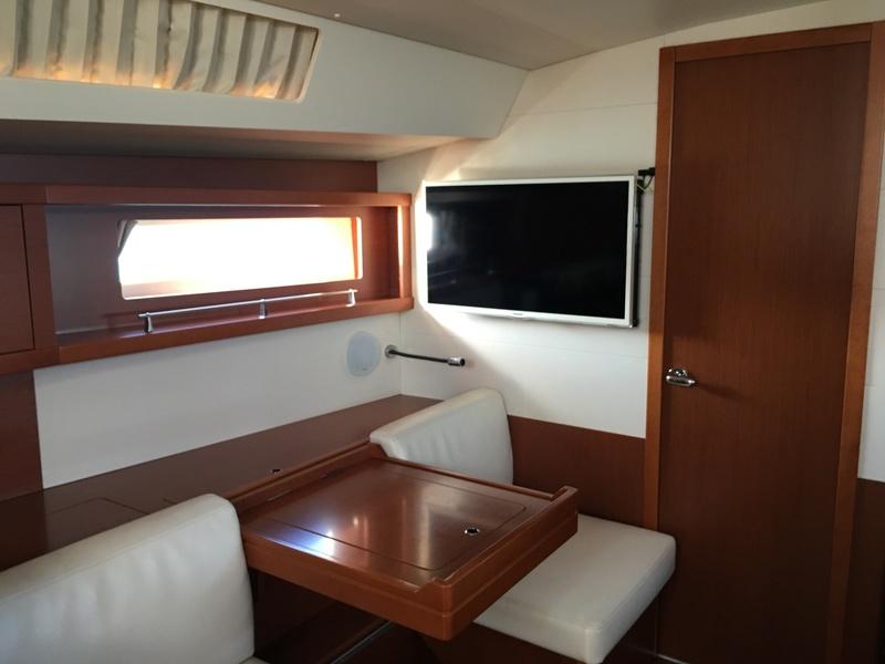 Oceanis 45 (Squiz) à vendre ! Img_5212