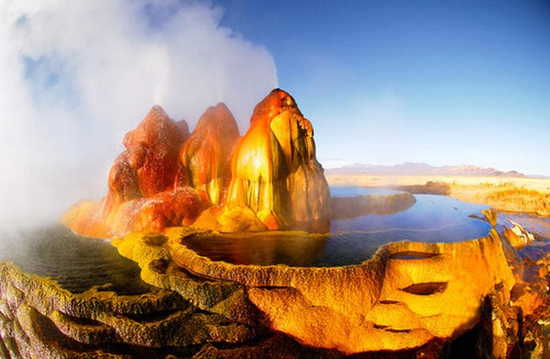 Fly geyser - Conté de Washoe - USA 19956410