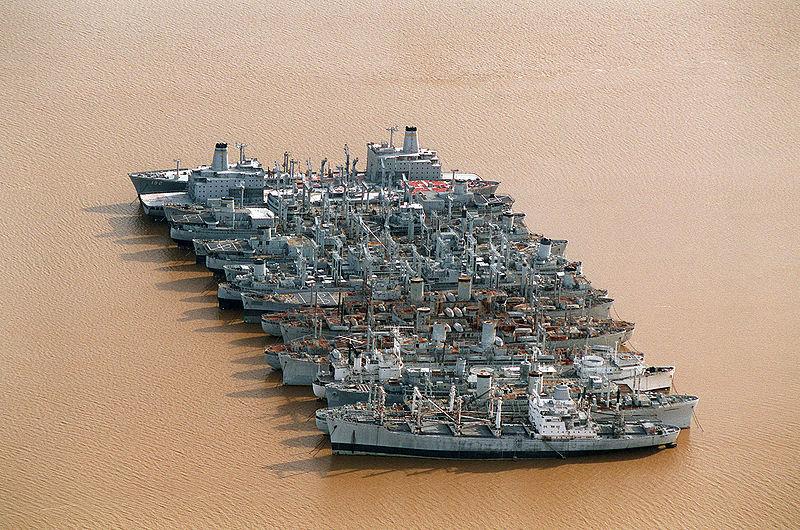 La flotte de réserve - Suisun Bay, Californie - USA 800px-13