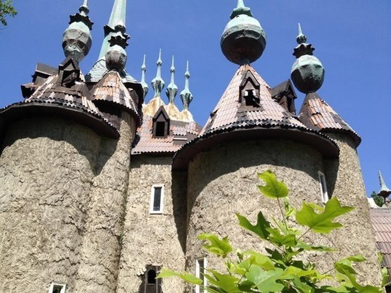 Château de Mont Rouge - Duhram - Caroline du Nord - USA Bahbcv19
