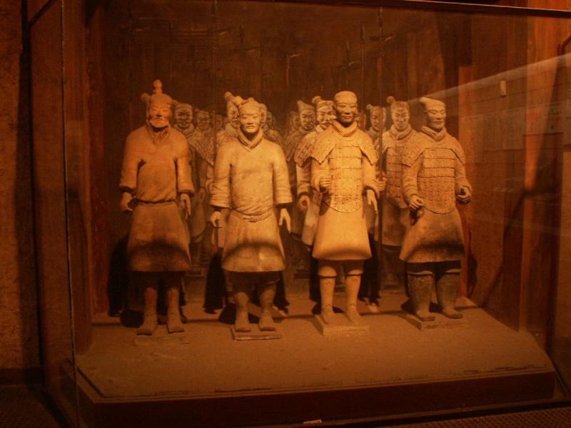 L'armée en terre cuite de Xian (Chine) - Page 2 Chine113