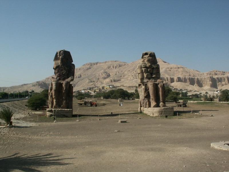 Les colosses de Memnon - Égypte Egypte10
