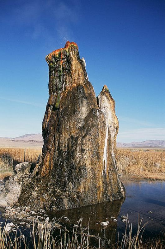 Fly geyser - Conté de Washoe - USA Fly-se10