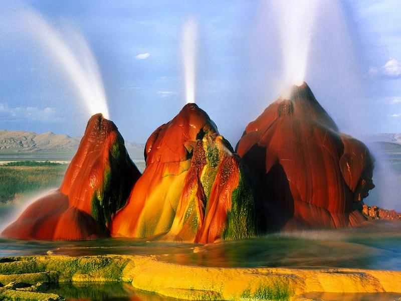 Fly geyser - Conté de Washoe - USA Flygey10