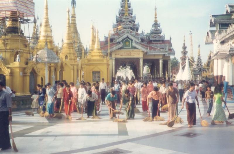 La pagode Shwedagon, Yangon, Birmanie Photo_14