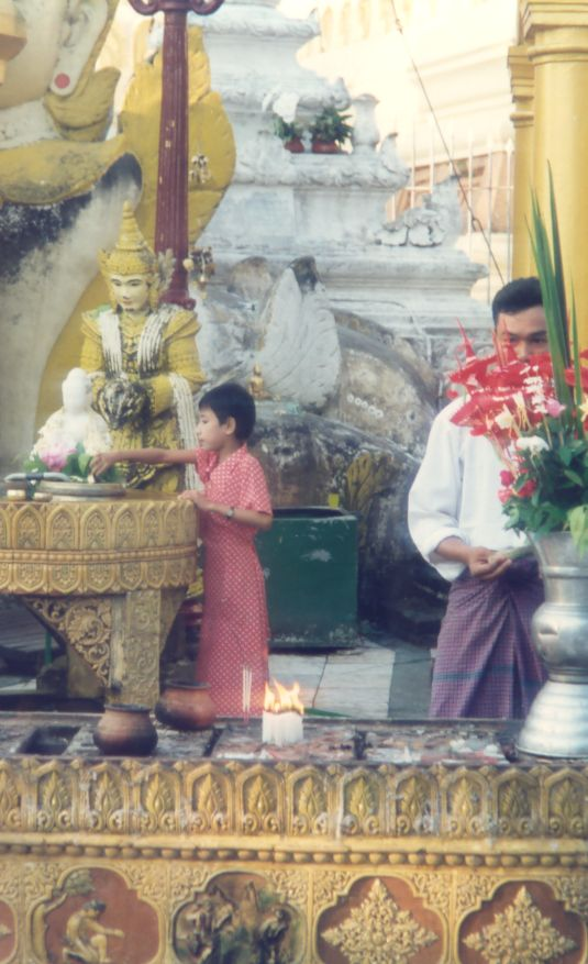 La pagode Shwedagon, Yangon, Birmanie Photo_16
