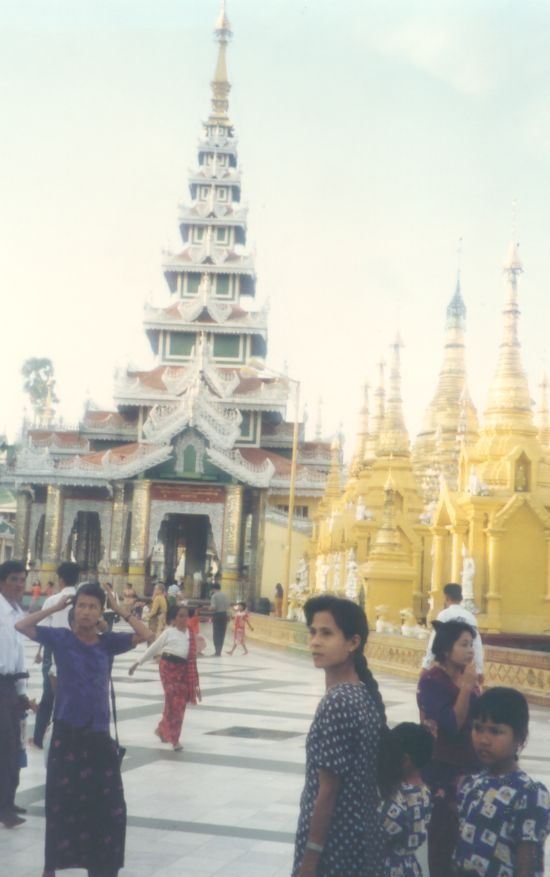 La pagode Shwedagon, Yangon, Birmanie Photo_17