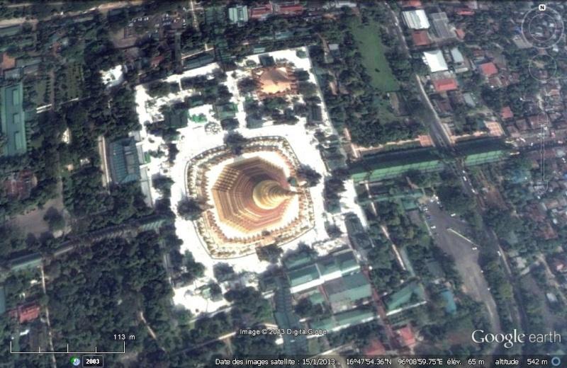 La pagode Shwedagon, Yangon, Birmanie Shweda10