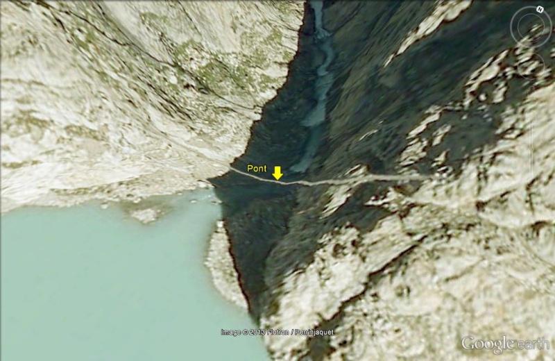Pont pour piétons ....Courageux ! Suisse10