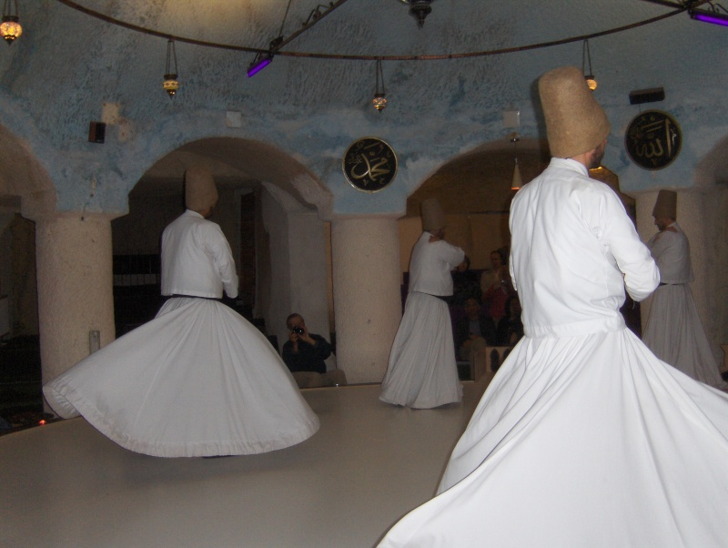 Les derviches tourneurs - Turquie Turqui14