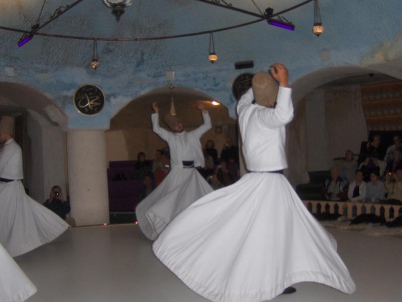 Les derviches tourneurs - Turquie Turqui15