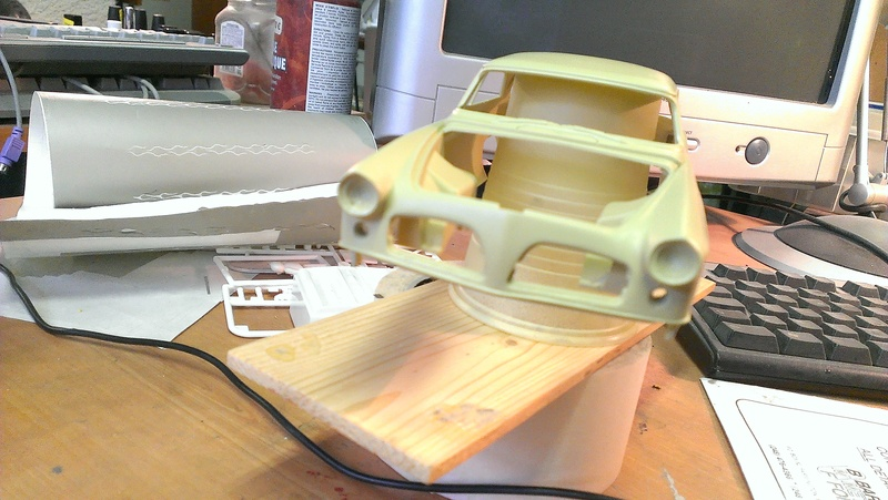 55' Chrysler 300,  Mild Kustom (Lucky Lavender ) a y est terminé  Imag0815