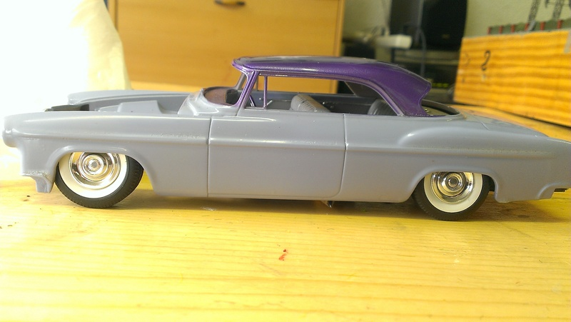 55' Chrysler 300,  Mild Kustom (Lucky Lavender ) a y est terminé  - Page 2 Imag0848