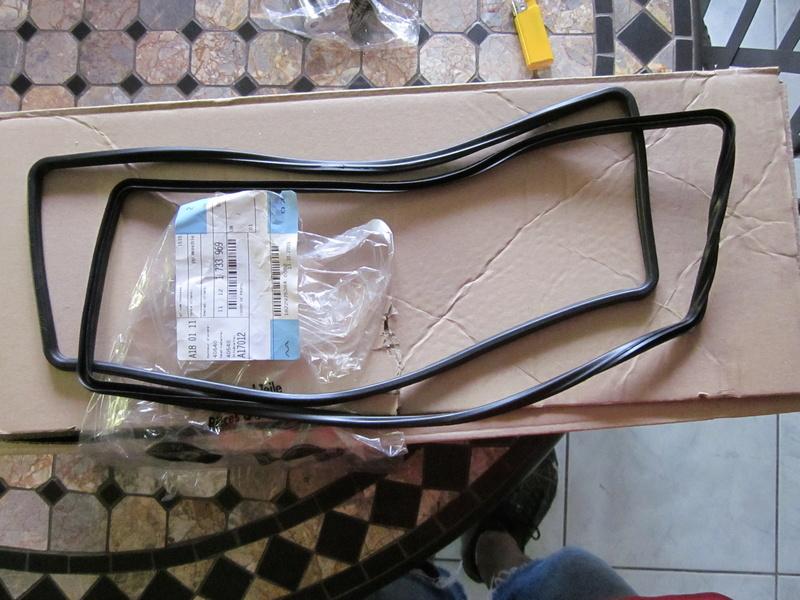 Remplacement des joints et accss de couvre culasse  Img_0215