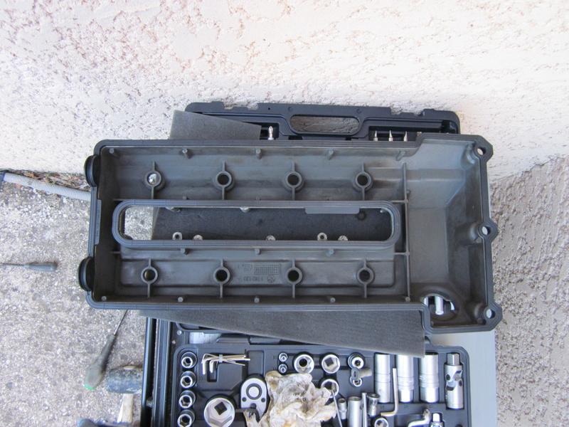 Remplacement des joints et accss de couvre culasse  Img_0265