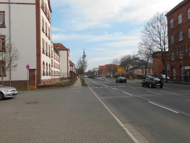 Spurensuche: heute die Eisenbahnregimenter II und III und der Eisenbahn Neben Ersatzpark in Hanau  Dsci4311
