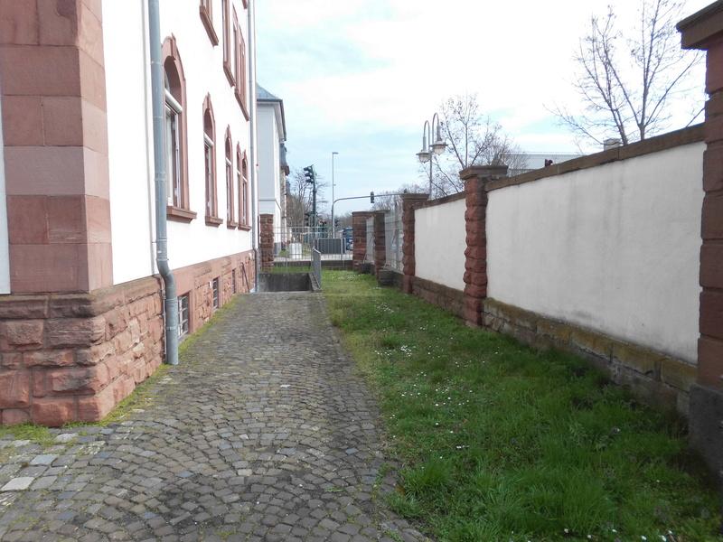 Spurensuche: heute die Eisenbahnregimenter II und III und der Eisenbahn Neben Ersatzpark in Hanau  Dsci4317