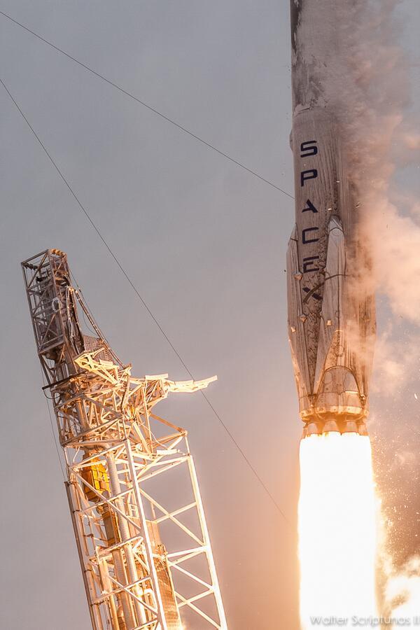 Lancement Falcon 9 V1.1 (CRS#3) 18.04.2014 - Page 12 175