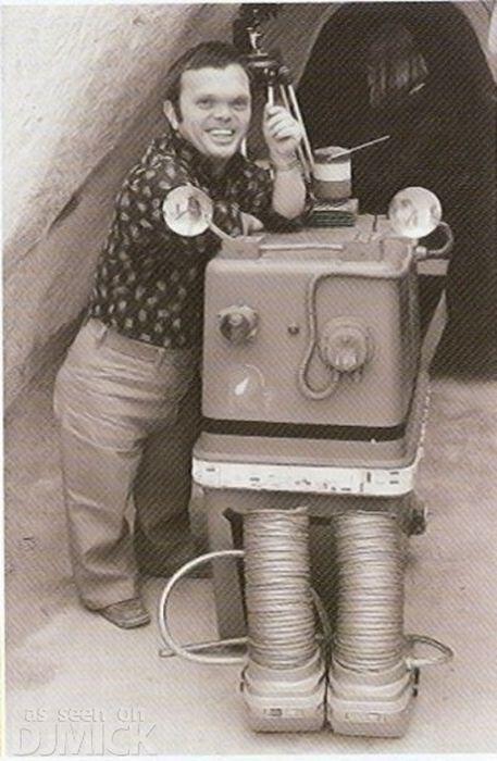 [Films] Photos personnelles et inédites de Peter Mayhew (Chewbacca) Bd07dz10