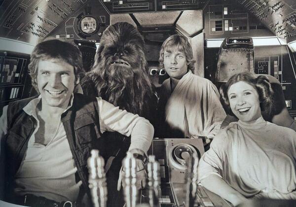 [Films] Photos personnelles et inédites de Peter Mayhew (Chewbacca) Bd1uys10