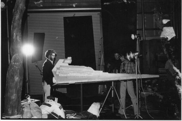 [Films] Photos personnelles et inédites de Peter Mayhew (Chewbacca) Bdl9sd10