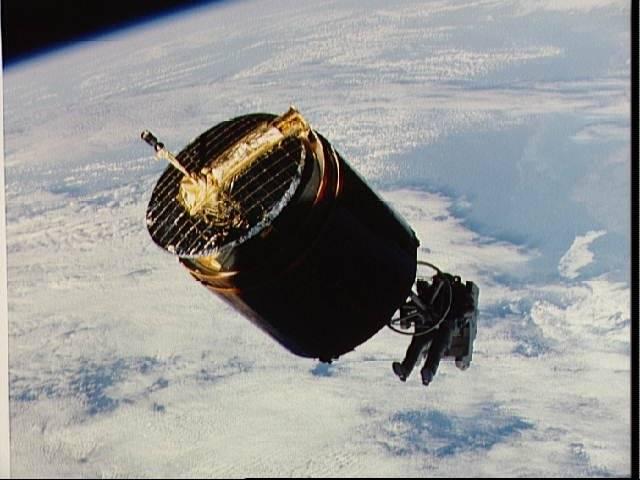 Disparition de l'astronaute Dale Gardner (1948-2014) Dale10