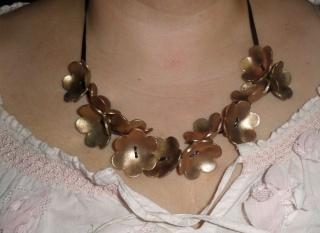 collier de fleurs Collie10