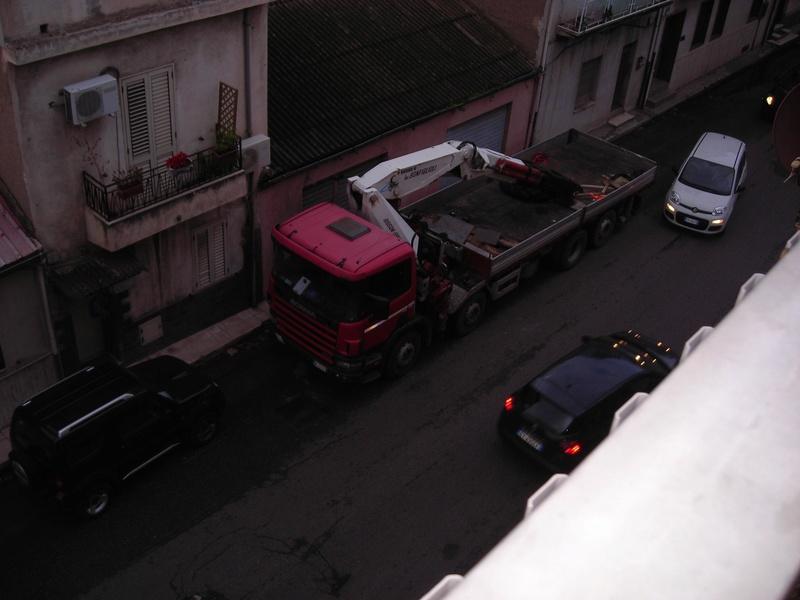 motrice con gru e rimorchio Scania13