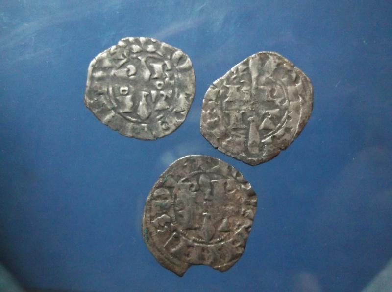 3 monnaie féo a id avec 3 variante différente annelet Dscf0217