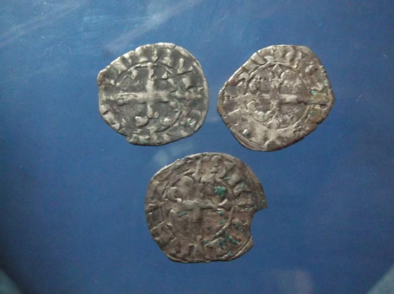 3 monnaie féo a id avec 3 variante différente annelet Dscf0218