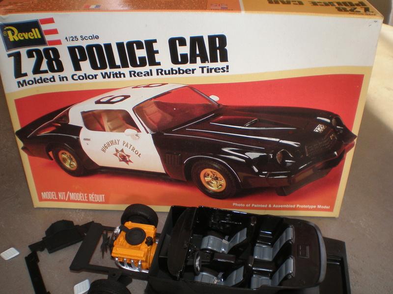camaro 7 28 police car REVELL P1010119