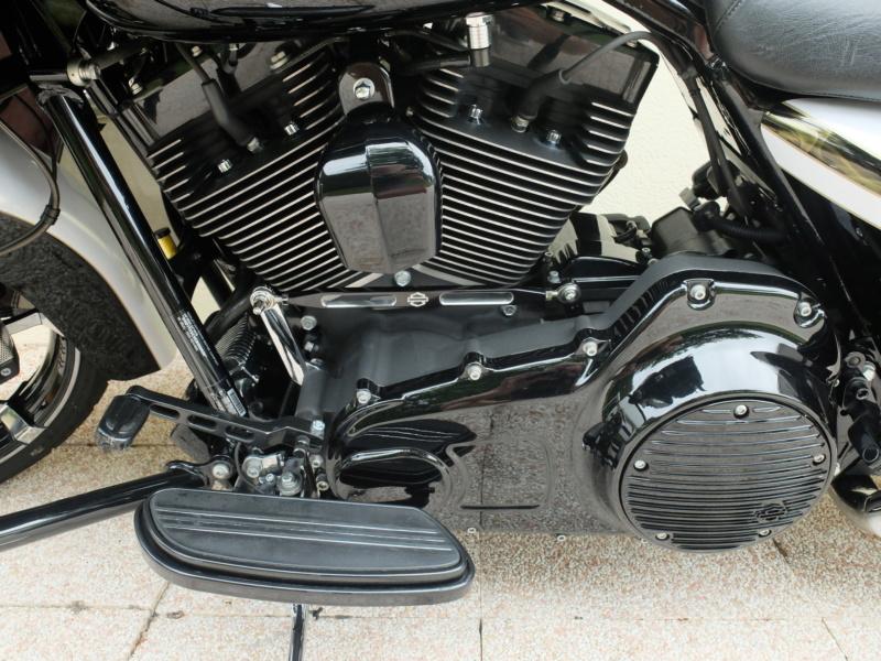 Road Glide CVO 2012 [VENDU] Dscf3818