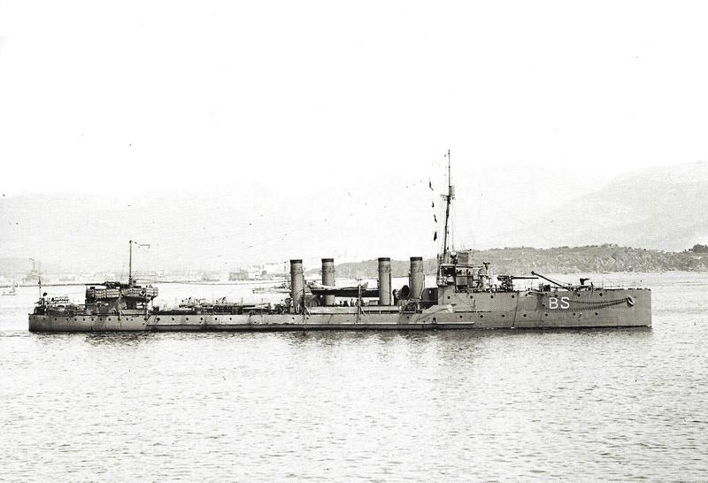 Navires de guerre Français 1914-1918 A218