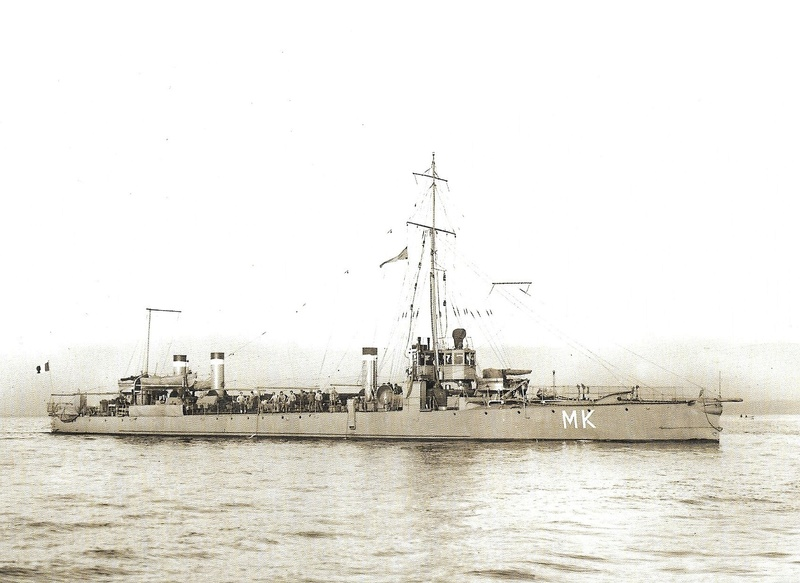 Navires de guerre Français 1914-1918 A611