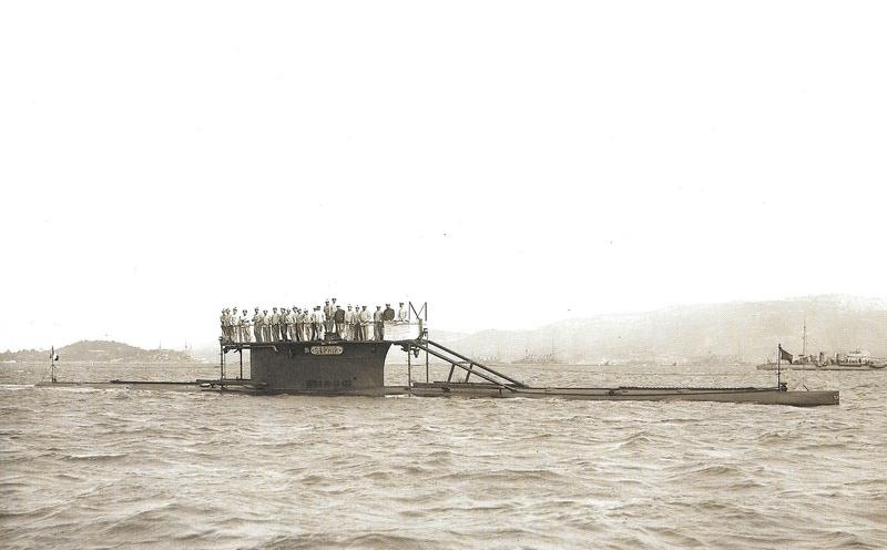 Navires de guerre Français 1914-1918 - Page 2 A613
