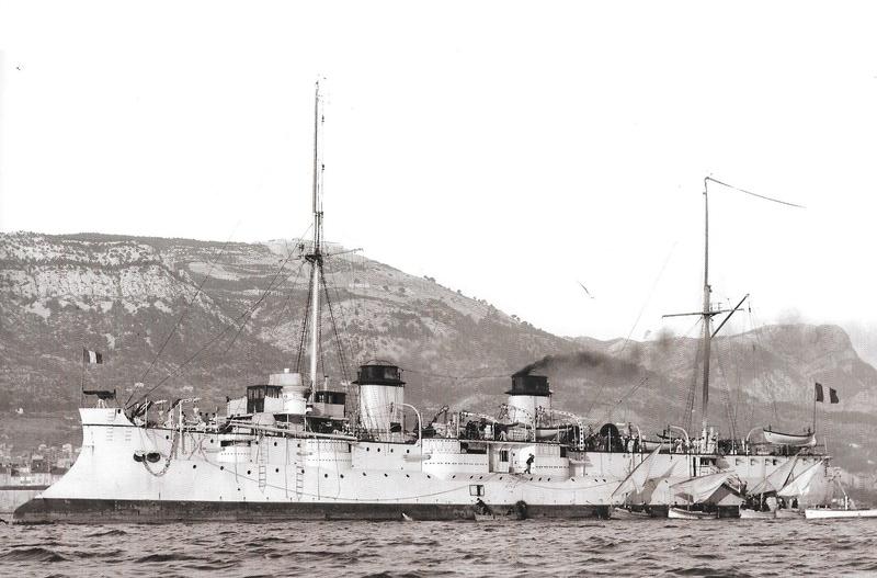 Navires de guerre Français 1914-1918 A810