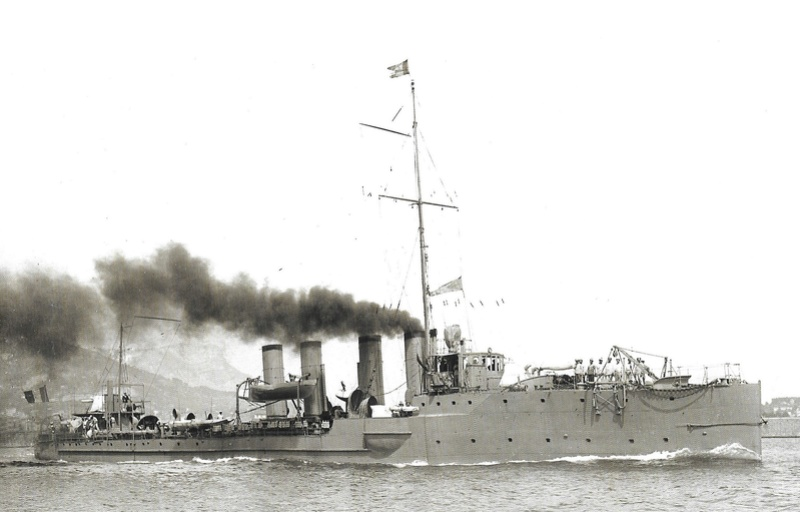 Navires de guerre Français 1914-1918 A811