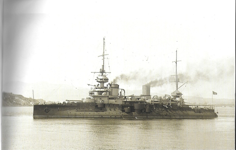 Navires de guerre Français 1914-1918 Bouvet11