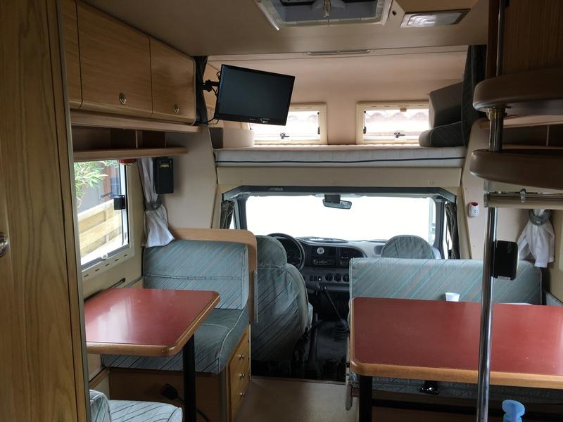 Vends Camping Car Laïka Ecovip 2 Ford Transit Mk5 1996       19500€ Img_1017