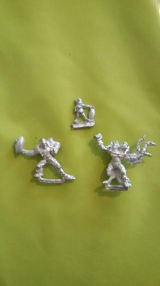 Cherche peintre pour 3 figurines 20170310