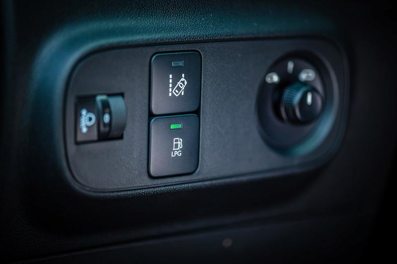 2016 - [SUJET OFFICIEL] Citroën C3 III [B618] - Page 4 _2em4310