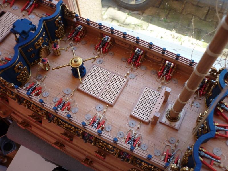 Sovereign Of The Seas XVII ème siècle de Sergal Mantua.  - Page 22 P1100725