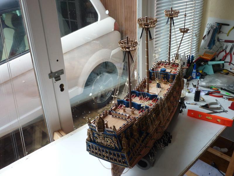 Sovereign Of The Seas XVII ème siècle de Sergal Mantua.  - Page 22 P1100911