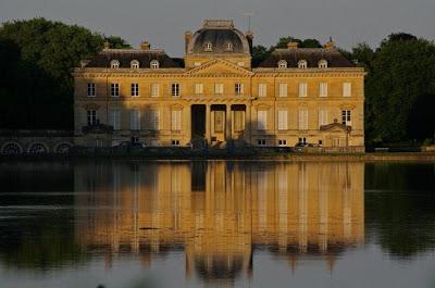 Maison et dames du Palais de la reine Marie-Antoinette - Page 7 Imgp9210